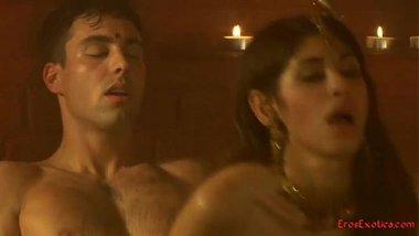 Hot Kamasutra video teaching a few sex positions