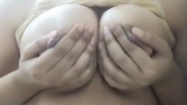 Karachi girl playing with her boobs