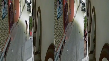 Desi girl caught nude on CCTV cam footage