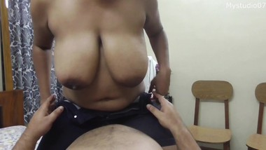 Malkin vs Driver. Hot housewife having sex with motu Driver!! Indian Amuture sex